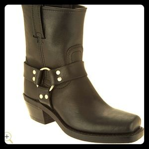Frye Harness 8R ankle boot